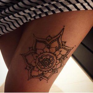 Henna Mandela Leg Design Toronto